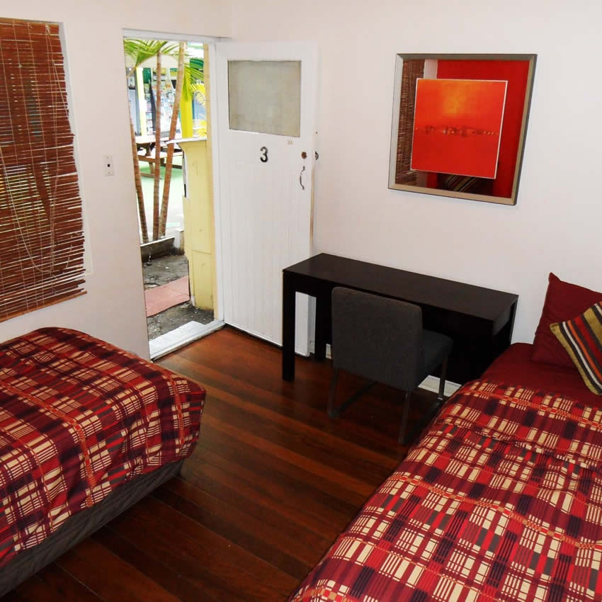 Rooms: GOLD COAST HOSTEL ROOMS, GOLD COAST BACKPACKER ROOMS